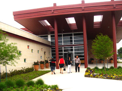 An image of Irving Health Center provides primary health care for low-income residents in Irving, Texas.