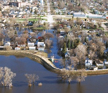 The devastation to the Grand Forks, North Dakota/East Grand Forks, Minnesota region after the Red River flooding in 1997 ultimately led to improved local-federal government relationships.