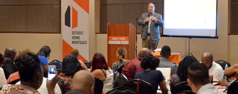 Photograph of Mayor Duggan speaking at a DHM event.