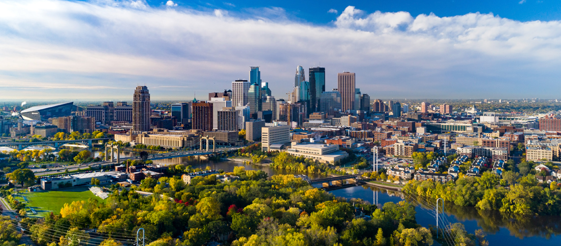 Panoramic view of downtown Minneapolis, Minnesota along the Mississippi River.